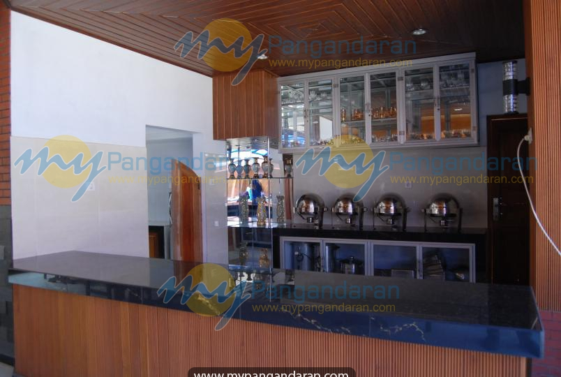 Tampilan restaurant Mustika Ratu Hotel
